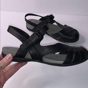 BareTraps black shoes size 7 wide